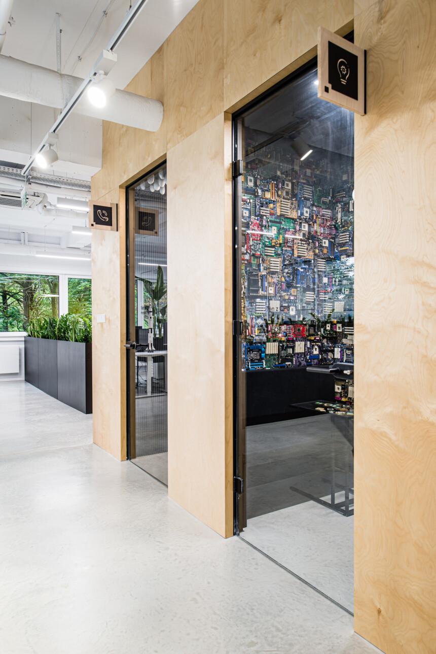 8486 arch - wnętrze biura IT (1)
