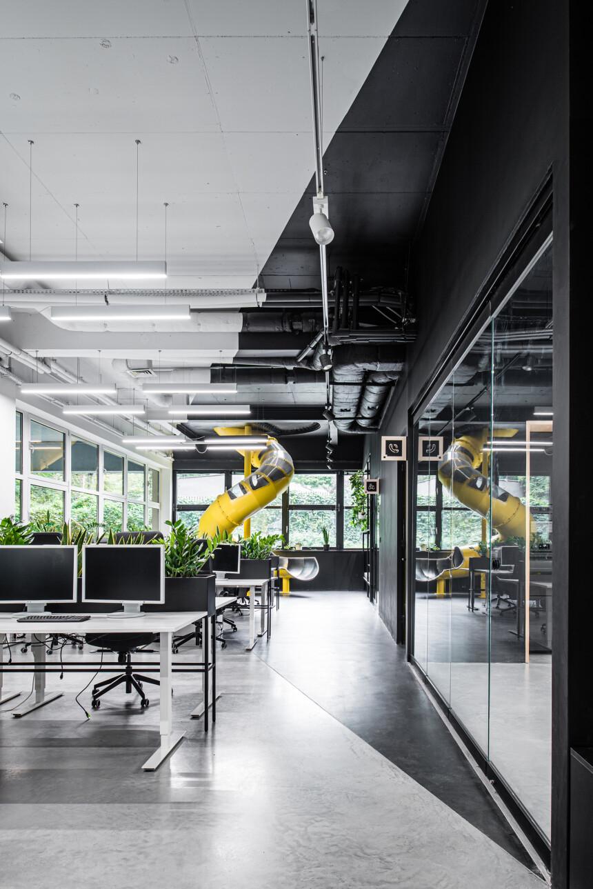 8486 arch - wnętrze biura IT (13)