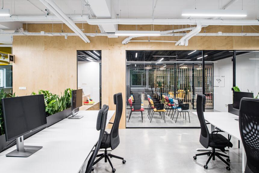 8486 arch - wnętrze biura IT (9)